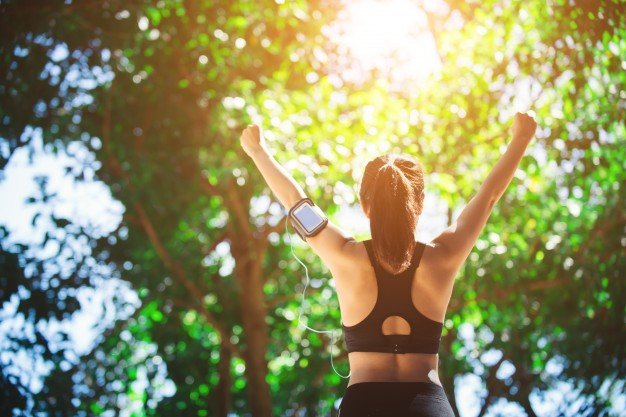 4 NUTRITION ESSENTIALS FOR ACTIVE LIFESTYLE
