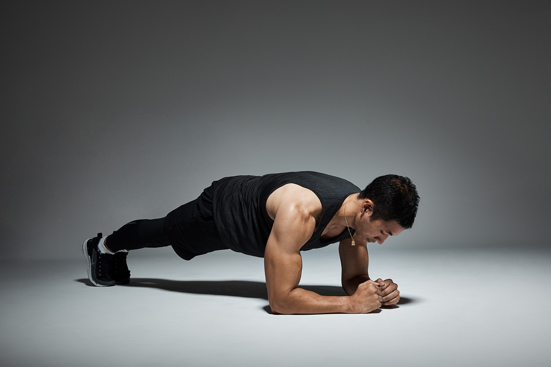 Stay Fit Indoors With These simple Home Exercises