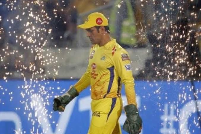 Fast&up 5 all time best cricketers of IPL Mahendra Singh Dhoni
