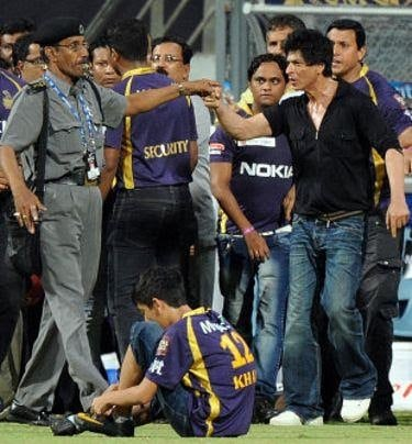 IPL Controversies Shah Rukh Khan's fight at the Wankhede Stadium - Fast&up